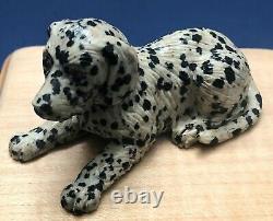 Antique Usine Impériale Impériale Petergoff Sculpté Jasper Gold & Ruby Dalmatian