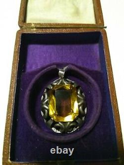 Pendentif Russe Impérial Antique Faberge Avec Pierre Citrine, 84 Argent